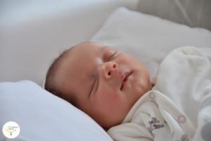 por que babean los bebés, mi bebé babea mucho, mi hijo babea, los bebés y las babas