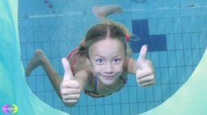 accidentes infantiles, natación infantil, medidas para evitar accidentes en piscinas