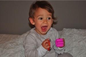 Que hacer en casos de atragantamiento de bebes y niños, bebes, como solucionar el atragantamiento en bebes y niños, maniobras de reanimación en bebes y niños, que hacer si se asfixia