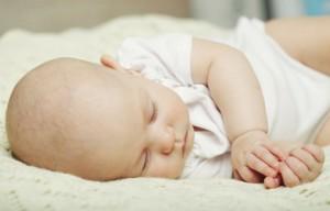 bebé, hábitos, pesadillas, recien nacido, romquidos, Sueño del niño, terrores nocturnos