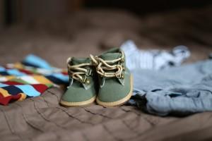 como escoger los zapatos de los bebes, como escoger los zapatos de los niños, zapatos y bebes, zapatos y niños. Comprar zapatos a bebes y niños, calzado adecuado para bebes y niños