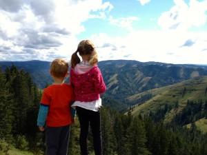 excursiones niños, excursiones bebes, aficiones en niños y bebes, la montaña y los niños, la montaña y los bebes