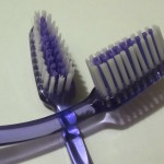 lavarse los dientes, halitosis, mi hijo tiene mal aliento, remedios para el mal aliento en niños